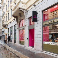 85745b09 13d1 4b6e 9649 5eefd7798708 250x250 - Nuovo concept store di Rinaldini a Milano